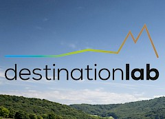 destinationlab Logo